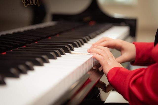mtech-music lessons web application